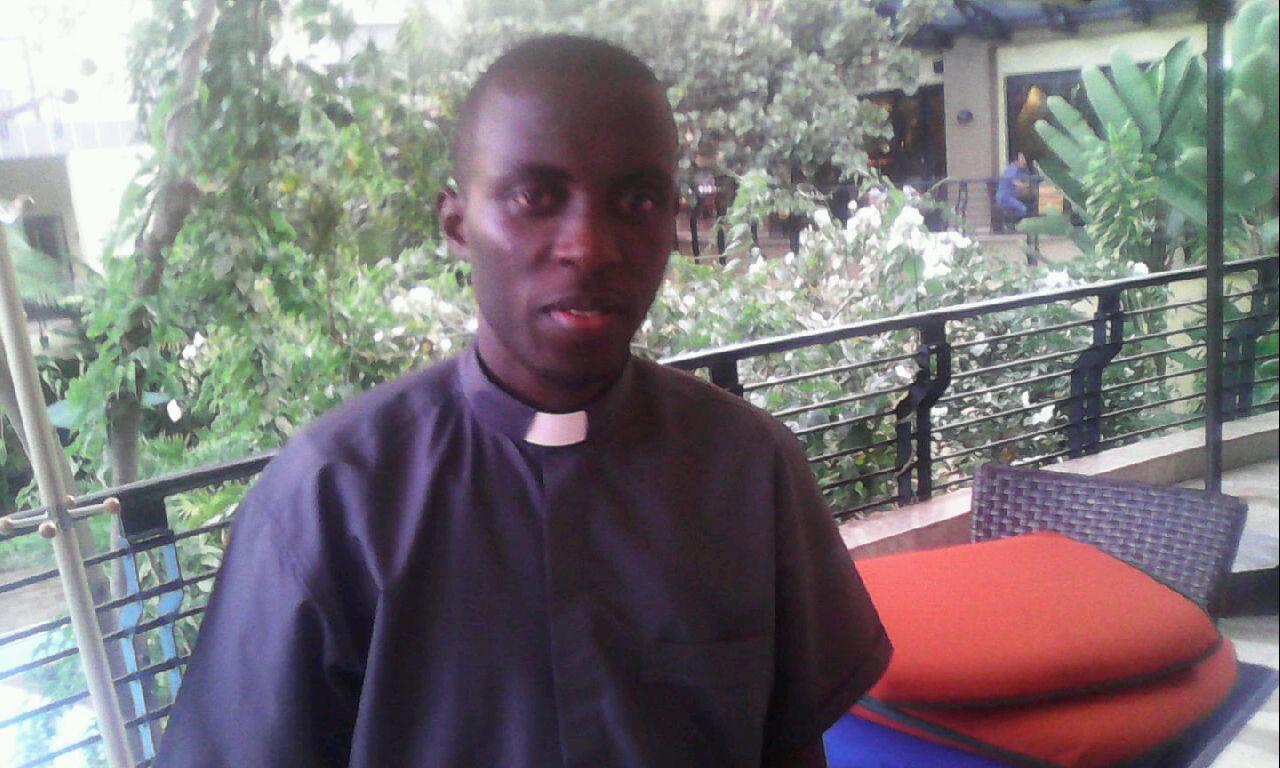 Image result for umuraperi kayumba fraterne zari
